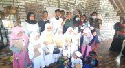 Komunitas Gresik Peduli Berikan Bantuan Al Qur'an dan Peralatan Ngaji untuk Santriwati TPQ Syafa'atul Qur'an