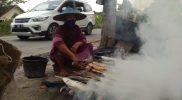 Kisah Inspiratif: Belajar Besar Hati dari Pedagang Ikan Bakar di Lamongan