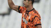 Cristiano Ronaldo setelah mencetak gol kedua melawan Spezia.