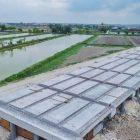 Proyek Jalan Tol Krian-Legundi-Bunder-Manyar (KLBM) siap beroperasi akhir 2020.