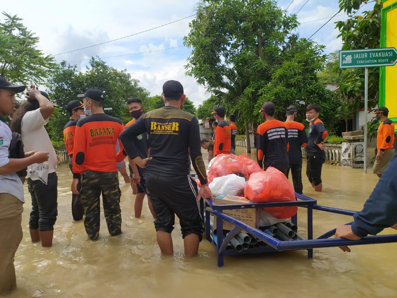 Suasana baksos yang dilakukan oleh tim MWC NU Balongpanggang