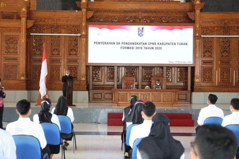 Berkah Akhir Tahun, 346 CPNS Kabupaten Tuban Terima SK Pengangkatan. Foto: Progresnews.id/Ans