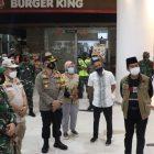 Polisi, TNI, Satpol PP dan tim kesehatan. Akan melakukan penertiban rutin kepada masyarakat terkait Prokes