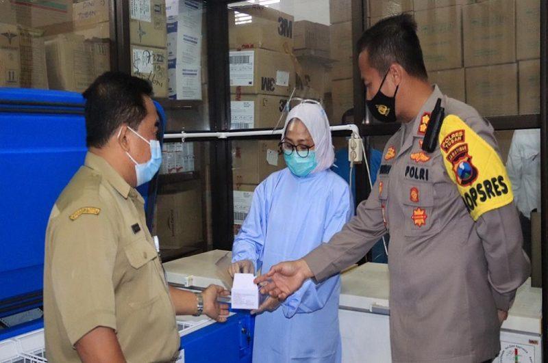 Kapolres Tuban Tinjau Persiapan Distribusi Vaksin Covid-19 di Tuban. Progresnews.id/Ans