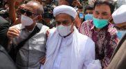 Habib Rizieq saat mendatangi Mabes Polri. Foto: ANTARA.