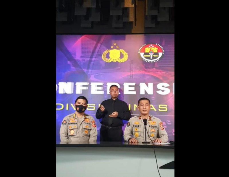 Siaran langsung press conference menanggapi isu penyiksaan yang dialami almarhum Ustadz Maaher, Rabu (10/2).