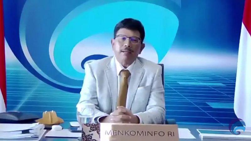 Menteri Kominfo Johnny G Plate dalam Konvensi Nasional Media Masa