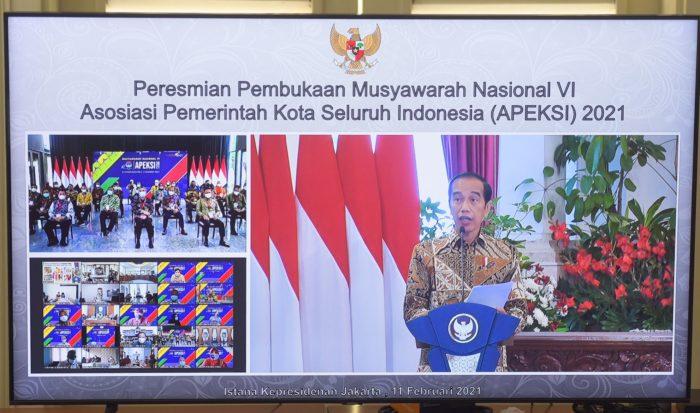 residen Jokowi membuka Munas VI Apeksi Tahun 2021, Kamis (11/02/2021), di Istana Negara, Jakarta. (Foto: Humas Setkab/Agung)