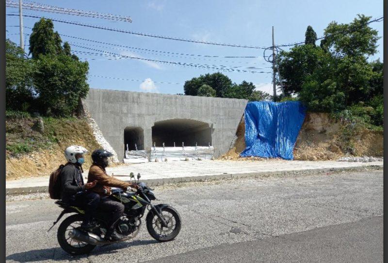 Underpass Gresik di Jl. Dr. Wahidin Sudirohusodo.