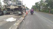Jalan Nasional di Kecamatan Deket Kabupaten Lamongan pada KM 36-41 saat diperbaiki. Foto: Progresnews.id/ Ammy.