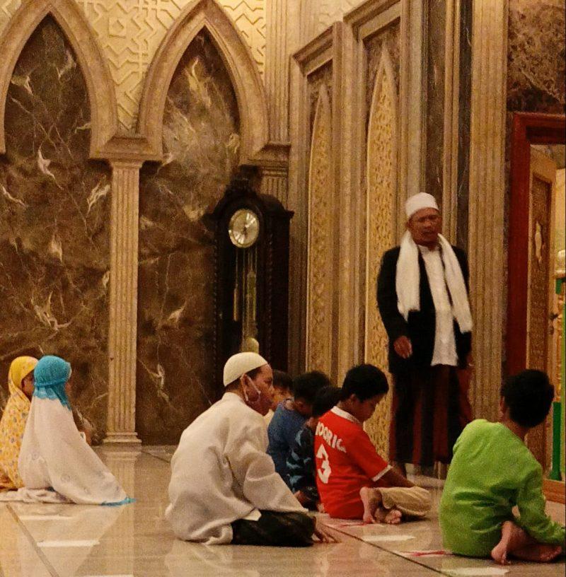 Kemenag Lamongan kembali bakal memperketat prokes di lingkungan tempat ibadah. Foto : Ilustrasi/Istimewa