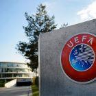 Logo pada Kantor UEFA. Foto: Istimewa