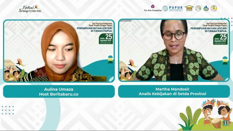Analis Kebijakan di Setda Provinsi Papua, Martha Mandosir saat menjadi pemateri dalam diskusi Seri Podcast 1 yang bertajuk 'Perempuan Hutan Lestari di tanah Papua', Rabu (25/8).