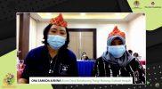 Ibu Ona Samada dan Ibu Risna dari Hutan Desa Bundoyong saat mengikuti webinar Praktik Baik Ibu Bumi dalam mengelola hutan bertajuk Memperkuat Peran kelompok Perempuan dalam program Perhutanan Sosial Di Indonesia, Rabu (25/8).
