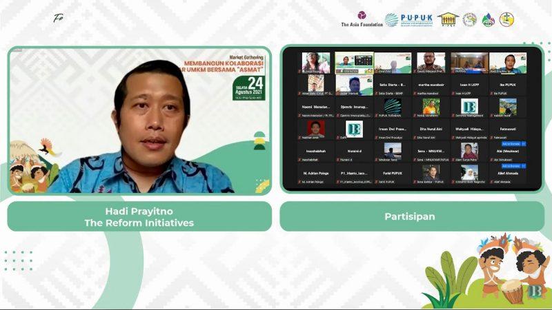 "Hadi Prayitno dari The Reform Initiatives memandu Market Gathering yang dihadiri puluhan pelaku bisnis bertajuk Membangun Kolaborasi Pasar UMKM bersama ""ASMAT"", Selasa (24/8)."