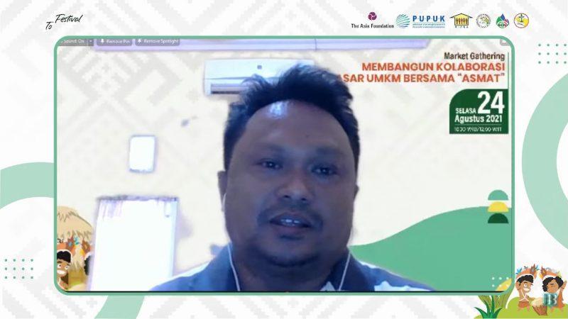 """Eksportir Kakao yang juga sebagai penggerak Perkumpulan untuk Peningkatan Usaha Kecil (PUPUK) Makassar, Asdar Marzuki saat menjadi pemateri dalam Market Gathering bertajuk Membangun Kolaborasi Pasar UMKM bersama """"ASMAT"""", Selasa (24/8)."""