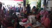 Vaksinasi di Desa Melirang, Selasa (28/9). Foto: Ist.