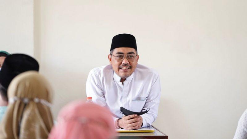 Jokowi Teken Perpres Dana Abadi Pesantren, Gus Jazil: Kado Istimewa Jelang Hari Santri