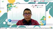 Direktur Fasilitasi Keuangan dan Aset Pemerintahan Desa Kemendagri, Luthfi saat mengisi acara Webinar Cerita Baik dari Praktik TAKE dan TAPE di Indonesia: Penggunaan Dana Insentif Fiskal berbasis Ekologi dan Dampaknya bagi Agenda Perlindungan Lingkungan, Kamis (14/10).